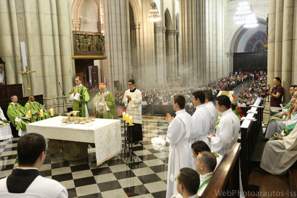 blog-arautos-do-evangelho-aniversario-de-dom-odilo-09-2013-_-5dls6643