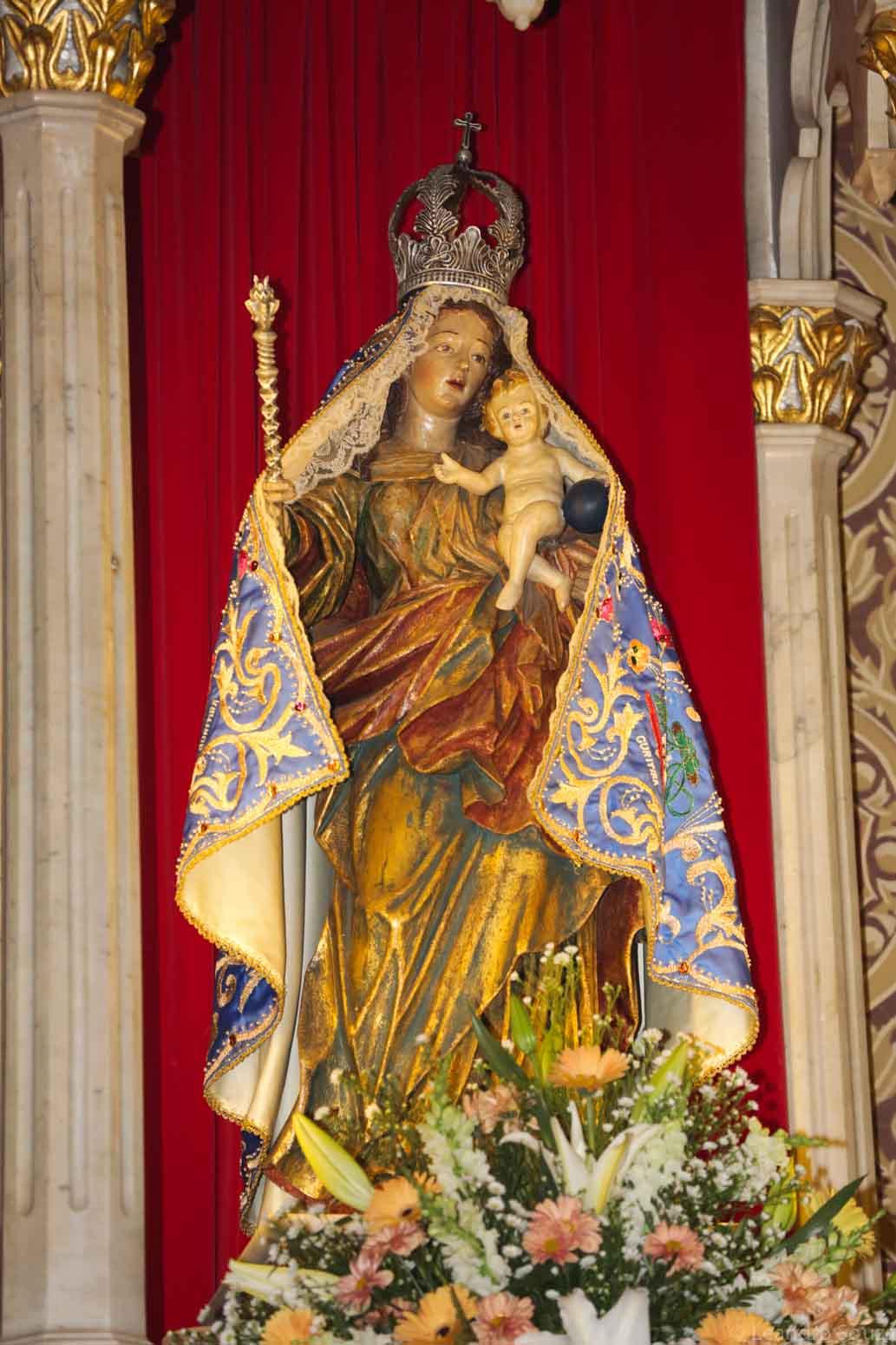 cerimonia-da-primeiro-sabado-na-catedral-de-curitiba-com-participacao-dos-arautos-do-evangelho-da-casa-divina-providencia-16